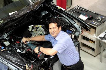 Sachin Tendulkar, BMW, BMW Sachin Tendulkar, Tendulkar, Tendulkar images, BMW photographs, BMW factory photos, Sachin Tendulkar photographs, Cricket photos, Cricket, BMW automobile pictures