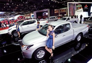 Thai auto industry changes gears